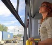 Журналисты Бердска «эх, прокатились» на автобусах, подаренных губернатором на 300-летие