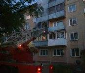 В Микрорайоне Бердска горел балкон (видео)
