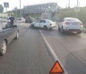 Из-за ДТП в Речкуновке стояла в пробке трасса М-52 в районе Бердска