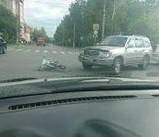 Джип «Тойота Лэнд Крузер Прадо» сбил мотоциклиста в центре Бердска