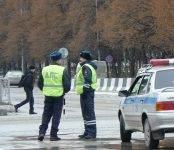 Инспекторов ДПС в Бердске поблагодарили за оказанную помощь
