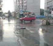 Фотофакт: На дороге в Бердске образовался свежий провал