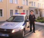 Сотрудник ГИБДД помог спасти новорожденного в Новосибирске