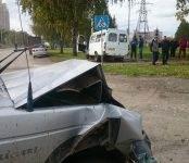 Шестеро пострадали в жёстком столкновении маршрутки и джипа в Бердске (видео)