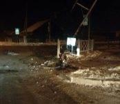 «Тойота Аурис» уничтожила светофор на перекрёстке в Бердске (фото, видео)