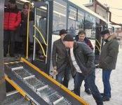 Тест-драйв автобуса с пандусом для инвалидов прошёл по дорогам Бердска
