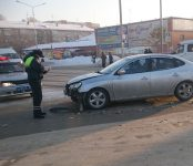6-летний малыш поранил палец в столкновении двух авто в Бердске
