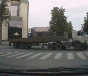 За нарушение 5 пунктов ПДД автолюбитель в Новосибирске стал невыездным