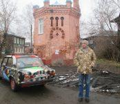 «Паукомобиль» новосибирского художника угнали в Новосибирске