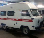 В ЦГБ Бердска прибыл новенький УАЗ-санитарка с высокой крышей