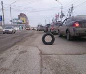 Рвут колёса на дорогах автомобилисты Бердска
