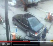 «Мерседес», двигавшийся задним ходом в Новосибирске, раздавил бабушку насмерть