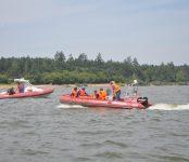 «ДТП» на море: Четверых человек эвакуировали с тонущего судна спасатели Бердска