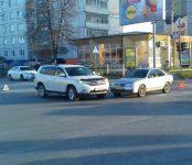 Таксист на Ниссане без ОСАГО попал в ДТП в Бердске