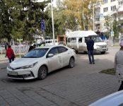 Маршрутка №14 столкнулась с легковушкой в центре Бердска