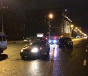 Пешеход погиб под колесами авто на площади Ленинав Новосибирске (видео)