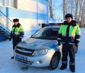 Помогли ребятишкам в 35-градусный мороз инспекторы ДПС в Черепановском районе