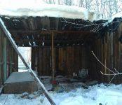 В Бердске на улице Энергетической сгорел бесхозный деревянный гараж