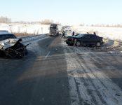 Шесть человек травмированы в автомобильном «замесе» под Лебедёвкой