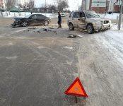 Жёсткое ДТП на перекрёстке в Бердске обошлось без пострадавших