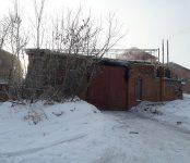 11 автомобилей, мопед и снегоуборочная машина сгорели ночью в капитальном гараже в Бердске