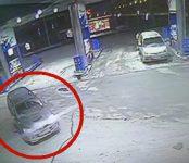 Двое на «Дайхацу» украли ароматизаторы на АЗС «Газпромнефть» в Бердске
