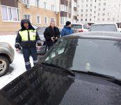 Пьяный на ВАЗе допустил столкновение с иномаркой во дворе жилого дома в Бердске