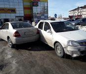 Пьяный на «Рено» совершил ДТП у «Астора» в Бердске