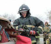 В НСО определилась лучшая команда по проведению аварийно-спасательных работ при ДТП