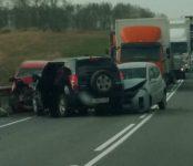 9 человек, в том числе двое детей, травмированы в ДТП на трассе Р-256 в Искитимском районе