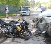 30-летний байкер разбился у «Розы ветров» в Бердске
