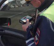 Новосибирские автоинспекторы ужесточают борьбу с тонировкой