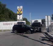 Ожидали эвакуацию два авто, столкнувшихся у кафе на трассе в Бердске