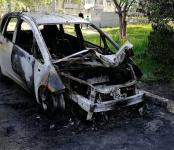 Ночью на Шлюзе сгорел автомобиль
