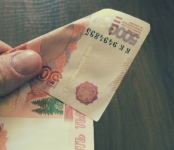5 тысяч рублей украл житель Бердска у коллеги по СТО