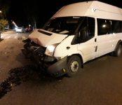 Ударилась головой пассажирка 325-й маршрутки в жёстком ДТП на перекрёстке в Бердске