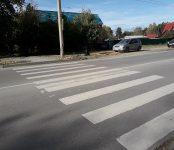 Беременную женщину с 5-летней девочкой сбила иномарка на переходе в Бердске