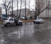 Лобовое столкновение Toyota Vista с Mercedes-Benz в Бердске устроил пьяный водитель «японки»