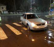 LADA Priora наехала на пожилую женщину на переходе в центре Бердска