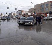 Дедушка на отечественном авто протаранил иномарку в Бердске