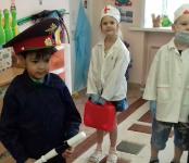 Дошколята из бердской «Рябинки» присоединились к проведению Всемирного дня памяти жертв ДТП