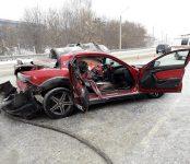 Выезд «Мазды» на «встречку» в Бердске закончился смертью водителя и госпитализацией пассажирки