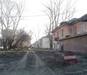 В тени главной улицы Бердска: ни пройти, ни проехать