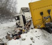 Закрытый перелом и ЧМТ получил алтайский дальнобойщик в ДТП в Бердске