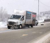 Грузовая «ГАЗель» потеряла колёса на «вшивой горке» под Бердском