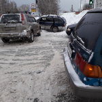 Nissan X-Trail устроил тройное ДТП на перекрёстке в Бердске