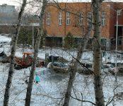 Из-за сбитой автомобилем 7-летней школьницы в Бердске убрали снег с обочин у школы №10