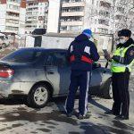Борется с распространением коронавируса среди водителей и пешеходов ГИБДД Новосибирской области