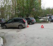 Водитель «Ниссана» наехал на четырёхлетнего мальчика, игравшего на парковке в Бердске