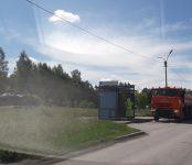Опрыскивают от коронавируса автобусные остановки в Бердске